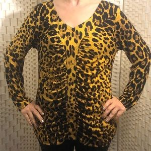 Susan Graver women cheetah pattern  L size shirt